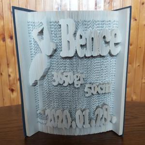 Könyvszobor Baba születési emlék, Otthon & Lakás, Dekoráció, Könyvszobor, Papírművészet, Kedves Vásárló!\nA könyvszobor remek választás lehet bármilyen alkalomra, baba születési emlék, szüle..., Meska
