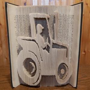 Könyvszobor traktor, Otthon & Lakás, Dekoráció, Könyvszobor, Papírművészet, Kedvenceim közé tartozik a motívumok megjelenítése! Ez a könyvszobor bármilyen mintával kérhető. Nek..., Meska