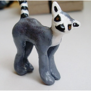 Gyűrűs farkú maki - pici totem, szobrocska, dekoráció (Neverland) - Meska.hu
