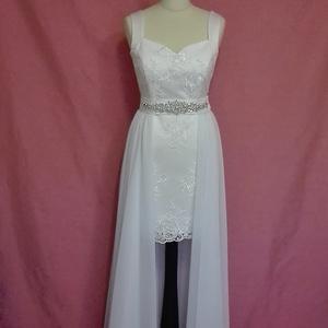 Két részes esküvői ruha, Esküvő, Ruha, divat, cipő, Női ruha, Esküvői ruha, Varrás, Loknis szabású hosszú esküvői ruha csipkéből düseszből és muszlinból készült derekán strasszos díss..., Meska
