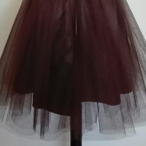 Tüll , Textil, Varrás, Mindenmás, Csoki barna színű tüll méteráru.\n150 cm szelesség\n\nTüll szoknyának vagy dekorációs célra ajánlom...., Meska