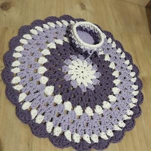 Horgolt szőnyeg szett kis tárolóval lila-fehér (NicoleHorgoltDekor) - Meska.hu