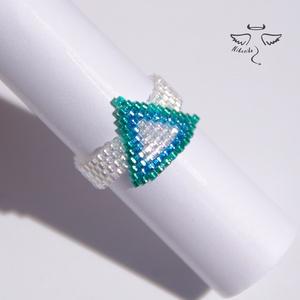 Bermuda háromszög gyűrű, Gyöngyös gyűrű, Gyűrű, Ékszer, Ékszerkészítés, Gyöngyfűzés, gyöngyhímzés, A tenger színeit idézi ez a különleges gyűrű, ami tengerparti ruházatod tökéletes dísze lehet, hisze..., Meska