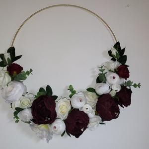 Dekor arany karika örökvirággal esküvőre, Esküvő, Dekoráció, Helyszíni dekor, Virágkötés, Meska