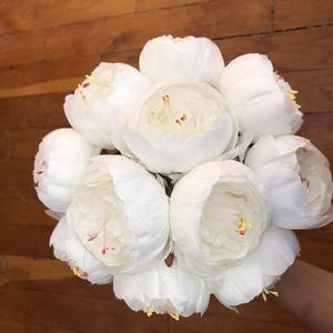 Fehér bazsarózsás menyasszonyi örökcsokor, Esküvő, Menyasszonyi- és dobócsokor, Virágkötés, Meska