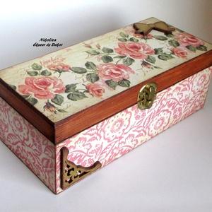 Rózsás teafiltertartó doboz vagy ékszerdoboz, Ékszer, Otthon & lakás, Ékszertartó, Konyhafelszerelés, Lakberendezés, Egy elbűvölően szép, rózsás és virágmintás teafiltertartó dobozt/ékszerdobozt készítettem dekupázs t..., Meska