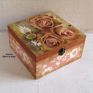 Rózsás-virágos vintage ékszertartó, teafiltertartó doboz – KÉSZTERMÉK, Ékszer, Otthon & lakás, Konyhafelszerelés, Lakberendezés, Tárolóeszköz, Ezt a gyönyörű dobozt vintage hangulatú, rózsás mintával díszítettem a tetején. Romantikus légkört t..., Meska