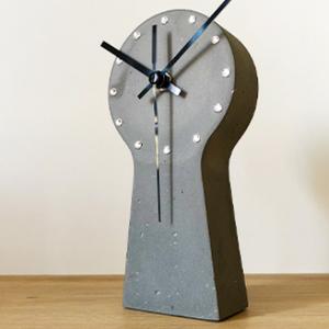 Kulcslyuk alakú beton óra, Férfiaknak, Legénylakás, Otthon & lakás, Dekoráció, Lakberendezés, Falióra, óra, Kőfaragás, Mindenmás, Kézzel készített beton óra. Saját termék,  csendesjárású, minőségi (német) óraszerkezettel szerelve...., Meska