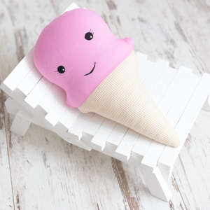 Eper fagyi - Happy Pillows  (NoaNoa) - Meska.hu