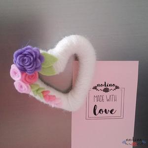 Szív alakú,  filc virágokkal díszített hűtőmágnes  (nodino) - Meska.hu