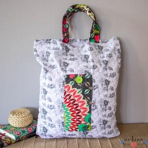 Szürke virágos összehajtható öko bevásárlószatyor, NoWaste, Bevásárló zsákok, zacskók , Táska, Divat & Szépség, Táska, Szatyor, Varrás, Tote-bag stílusú összehajtható öko bevásárlótáska. Elegáns szürke virágos pamut anyagból készült, sz..., Meska