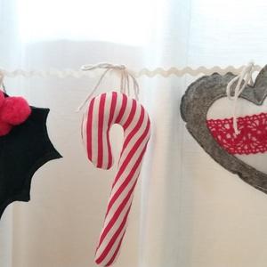 Karácsonyi díszek,füzér filcből, Dekoráció, Karácsonyi, adventi apróságok, Ünnepi dekoráció, Karácsonyi dekoráció, Varrás,    Bájos díszek filcből, karácsonyi hangulatban, csipetnyi szürkével, akár lakásdísznek, de karácso..., Meska