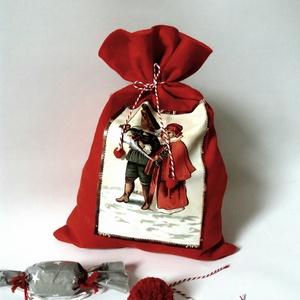 Mikulás zsák, ajándék zsák, Otthon & Lakás, Karácsony & Mikulás, Karácsonyi csomagolás, Varrás, Puha, piros filc zsák, pékzsineggel, végein pici piros bojttal..24 cm széles és 34 cm magas. Mutatós..., Meska