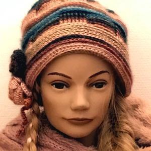 Horgolt, kötött rózsás sapka tavaszi kalap cirmos gyapjú fonalból relief technika (noesz65) - Meska.hu