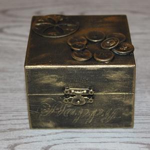 Ajándék - ékszer doboz steampunk stílus, aranyszínű, Dekoráció, Otthon & lakás, Lakberendezés, Tárolóeszköz, Szerelmeseknek, Ünnepi dekoráció, Famegmunkálás, Festett tárgyak, Szerelmünknek, kedves barátunknak ajándékba doboz, melyet használhat nagyon sokmindenre: papírokat, ..., Meska