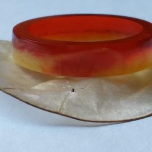 Naplemente gyűrű gyantából, Ékszer, Gyűrű, Ékszerkészítés, Gyönyörű piros és sárga színű (17mm×5mm×3mm) műgyantából készített gyűrű.Első pillanatban a lenyugv..., Meska