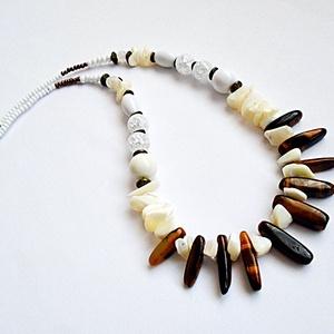 Barna-fehér nyaklánc (Notavene) - Meska.hu