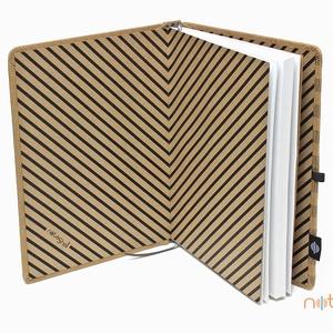Eco XL vonalas notesz - feliratos és szürke csíkos (noteshell) - Meska.hu