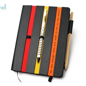 XL-es határidőnapló/notesz-fekete-csíkos-piros-narancs, Jegyzetfüzet & Napló, Papír írószer, Otthon & Lakás, Könyvkötés, XL-es csíkos (stripy) CSERÉLHETŐ BELSEJŰ notesz / határidőnapló \n- fekete műbőr+színes textil borítá..., Meska