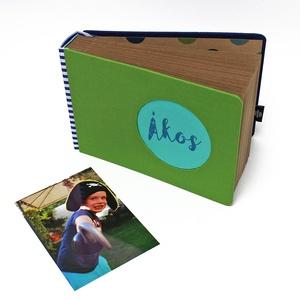 Fotóalbum babáknak / gyerekeknek - zöld és kék, Otthon & Lakás, Album & Fotóalbum, Papír írószer, Textil borítású fotóalbum babáknak / gyerekeknek EGYEDI FELIRATTAL (MONO kollekció) -méret: 18 cm x..., Meska
