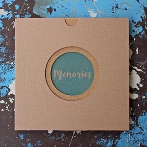 ECO leporello/kis fotóalbum-védőtokkal-kék mintás-újrahasznosított papírból-falra akasztható-fiúknak, Otthon & Lakás, Papír írószer, Album & Fotóalbum, Könyvkötés, Újrahasznosított alapanyagból készült termékek, Keménytáblás, falra akasztható leporello / kis fotóalbum védőtokkal - ECO kollekció - 100% újrahaszn..., Meska