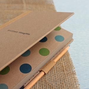 ECO ponthálós notesz, számozott oldalakkal, feliratos, pöttyös-környezetbarát, újrahasznosított papírból (noteshell) - Meska.hu