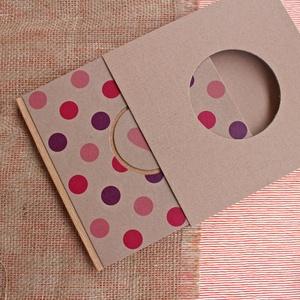 ECO négyzetes napló/vendégkönyv/emlékkönyv védőtokkal,pink/lila pöttyös, feliratos-újrahasznosított papírból, Esküvő, Vendégkönyv, Emlék & Ajándék, Újrahasznosított papírból készült környezetbarát napló / vendégkönyv / emlékkönyv VÉDŐTOKKAL - Notes..., Meska