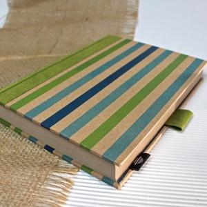 ECO vonalas notesz, számozott oldalakkal, türkiz-zöld csíkos-környezetbarát, újrahasznosított papírból, Otthon & Lakás, Jegyzetfüzet & Napló, Papír írószer, Újrahasznosított papírból készült környezetbarát notesz / napló - Noteshell ECO kollekció  -mérete:..., Meska