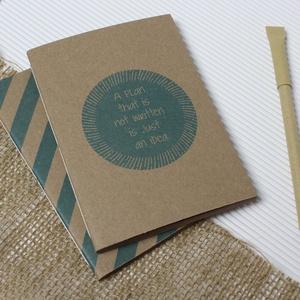 ECO kis ponthálós füzet - páros csomag - kék halszálka - feliratos - újrahasznosított papírból, Otthon & Lakás, Papír írószer, Jegyzetfüzet & Napló, Könyvkötés, Újrahasznosított alapanyagból készült termékek, Újrahasznosított papírból készült ponthálós füzet - Páros csomag\nNoteshell ECO kollekció\n\n- 2 db füz..., Meska