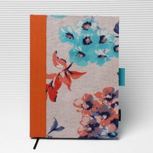 XL-es határidőnapló/notesz-újrhasznosított anyagokból-türkiz-narancs virágmintás blúz, Otthon & Lakás, Papír írószer, Naptár & Tervező, Könyvkötés, XL-es CSERÉLHETŐ BELSEJŰ notesz / határidőnapló \n--- Ruhák új élete - UPCYCLING kollekció - türkiz-n..., Meska