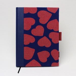 XL-es határidőnapló/notesz-újrhasznosított anyagokból-piros farmer-kék-piros szíves trikó, Otthon & Lakás, Papír írószer, Naptár & Tervező, Könyvkötés, XL-es CSERÉLHETŐ BELSEJŰ notesz / határidőnapló \n--- Ruhák új élete - UPCYCLING kollekció - piros fa..., Meska