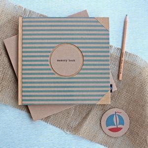 ECO natúr -kék csíkos napló/vendégkönyv/emlékkönyv védőtokkal, Esküvő, Emlék & Ajándék, Vendégkönyv, Könyvkötés, Újrahasznosított alapanyagból készült termékek, Újrahasznosított papírból készült környezetbarát napló / vendégkönyv / emlékkönyv VÉDŐTOKKAL - Notes..., Meska