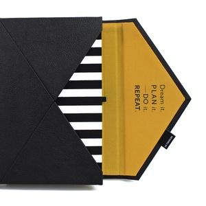 A/5 (régi XL) 200, BORÍTÉK határidőnapló/notesz cserélhető belívvel - fekete - fehér csíkos - okker - Meska.hu