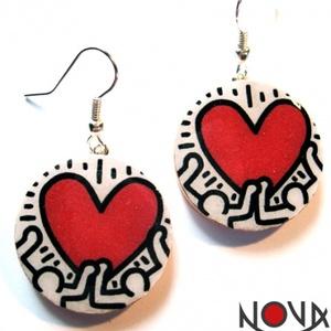 Keith Haring szíves fülbevaló -Művészet sorozat (novadesignshop) - Meska.hu