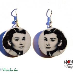 Audrey Hepburn fülbevaló -\\\\\\\