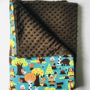 """""""Favágó és erdei állatok """" vastag babatakaró 70cm x 100cm, Játék & Gyerek, 3 éves kor alattiaknak, Varrás,  Vastag babatakaró, egyik oldala erdei állatok és a favágó mintás BIO textil.  A másik oldala egyszí..., Meska"""
