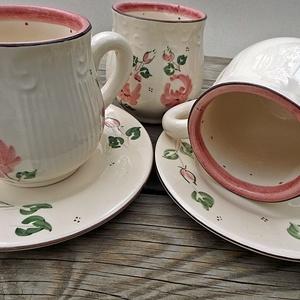 Rózsás-habos romantikus pocakos nosztalgia bögre , Konyhafelszerelés, Otthon & lakás, Bögre, csésze, Lakberendezés, Esküvő, Kerámia, Festett tárgyak, 1 hosszú kávé vagy tea rózsásan romantikusan.\nA szeretet és a szerelem virágának a rózsát tartják.\n ..., Meska