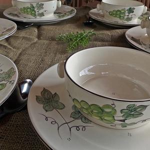 Szóló szőlő kerámia-étkészlet, Otthon & lakás, Lakberendezés, Konyhafelszerelés, Dekoráció, Ünnepi dekoráció, Kerámia, Festett tárgyak, A vidék báját, harmóniáját varázsolhatod asztalodra a szőlő fürtös , kzti  festésű saját tervezésű é..., Meska