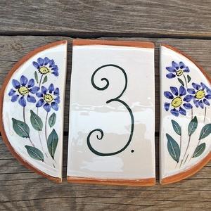 Kék virágos kerámia házszám tábla, Házszám, Ház & Kert, Otthon & Lakás, Kerámia, \nEgy jól választott egyedi utca vagy házszám kiemeli hangsúlyozza otthonunk.\nEhhez próbálok segítség..., Meska