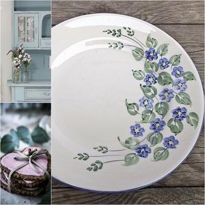 Kék nefelejcs-romantikus süteményes készlet, Tányér & Étkészlet, Konyhafelszerelés, Otthon & Lakás, Kerámia, Festett tárgyak, Romantikus eperhabos készlet egy csöpp mentával.\nKi ne  szeretné a tavasz ébredését,az első virágok ..., Meska