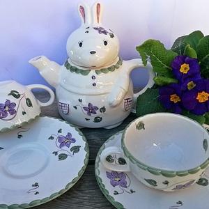 Ibolya... lila ...nyuszis kerámia 2 személyes teás, Otthon & lakás, Dekoráció, Konyhafelszerelés, Bögre, csésze, Húsvéti díszek, Ünnepi dekoráció, Egy igazán tavaszi ,vidám hangulatú 2 személyes teás készlet született,műhelyünkben. Nyuszi imádó lá..., Meska