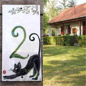 Fekete cica...kerámia házszámtábla, Otthon & lakás, Lakberendezés, Utcatábla, névtábla, Kerti dísz, Mindenhol jó de legjobb OTTHON. A pipacsmező látványa megnyugtat...mosolyt csal arcunkra. E kedves v..., Meska