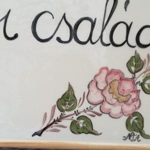 Vidéki hangulatú rózsás  egyedi  kerámia utcanévtábla (ntakeramia) - Meska.hu
