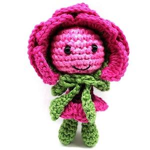 Rose kulcstartó vagy táskadísz, Táska, Divat & Szépség, Kulcstartó, táskadísz, Horgolás, Kb. 8 cm magas, pamut fonalból készült figura. Jelenleg a sötétebb színű és a púder rózsaszín azonna..., Meska