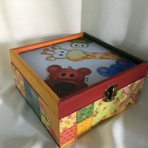 Kukucs... :), Otthon & lakás, Dekoráció, Gyerek & játék, Gyerekszoba, Tárolóeszköz - gyerekszobába, Decoupage, transzfer és szalvétatechnika, Festett tárgyak, Ez egy 17X17X8 cm-es dobozka... vidám és színes, kedvenc állatkáinkkal..., Meska