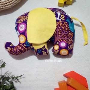 Elefánt babajáték, elefánt figura babakézbe való marokállat, babaváró ajándék, babalátogatásra ajándék, elefánt párna, Elefánt, Plüssállat & Játékfigura, Játék & Gyerek, Varrás, Ez az igazán kedves elefánt figura kislányos színekben pompázik, ideális baba ajándék ha baba látoga..., Meska