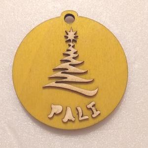 Névre szóló sárga karácsonyfa dísz, Karácsony & Mikulás, Karácsonyfadísz, Gravírozás, pirográfia, Lepd meg önmagad és szeretteidet egyedi, névre szóló karácsonyfadísszel!\nAz egyik oldalon a karácson..., Meska