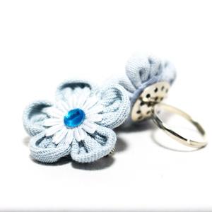 Gyűrű virágos, Táska, Divat & Szépség, Ékszer, Gyűrű, Újrahasznosított alapanyagból készült termékek, Újrahasznosított farmerból készült virágos gyűrű.\nA virág átmérője 2,5 cm.\nA bármilyen színben rende..., Meska
