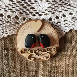 Szerelmes Madarak, Dísztárgy, Dekoráció, Otthon & Lakás, Mindenmás, Egyedi ajándék Valentin napra, ez a kavics és a fa összefonódásából készült természetes kompozíció...., Meska