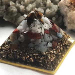 Orgonit piramis - IKREK, Dísztárgy, Dekoráció, Otthon & Lakás, Mindenmás, Orgonit horoszkópos piramis a IKREK jegy szerencseköveivel, hegyikristállyal, alján bronz forgáccsal..., Meska